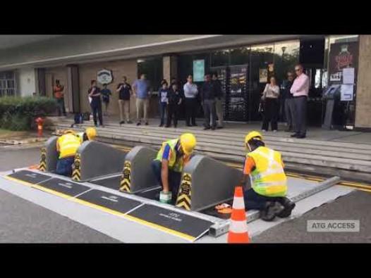 Embedded thumbnail for Surface Guard pārvietojamie ceļu bloķētāji